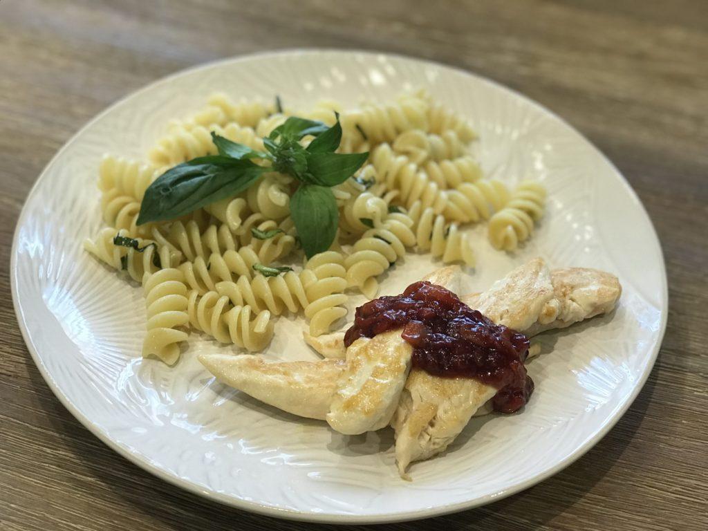 solomillo de pollo con reducción de Pedro Ximénez y fresas healthy and happy