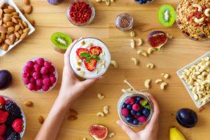 desayuno, breakfast, saludable, aguacate, tomate, trtilla, huevo, tostada, toast, avena, chía, saludable delicioso, receta, recipe, fruta, verdura, ensalada, canela, cacao, manzana asada, fresas, mandarina, be healthy and happy