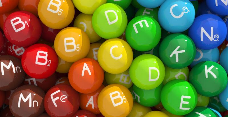 VITAMINA, VITAMINAS, HIDROSOLUBLES, LIPOSOLUBLES, B1, B2, B3, B5, B9, B12, VITAMINA C, VITAMINA D, VITAMINA E, VITAMINA A, VITAMINA K, COMIDA, ALIMENTACIÓN, NUTRICIÓN, BE HEALTHY AND HAPPY